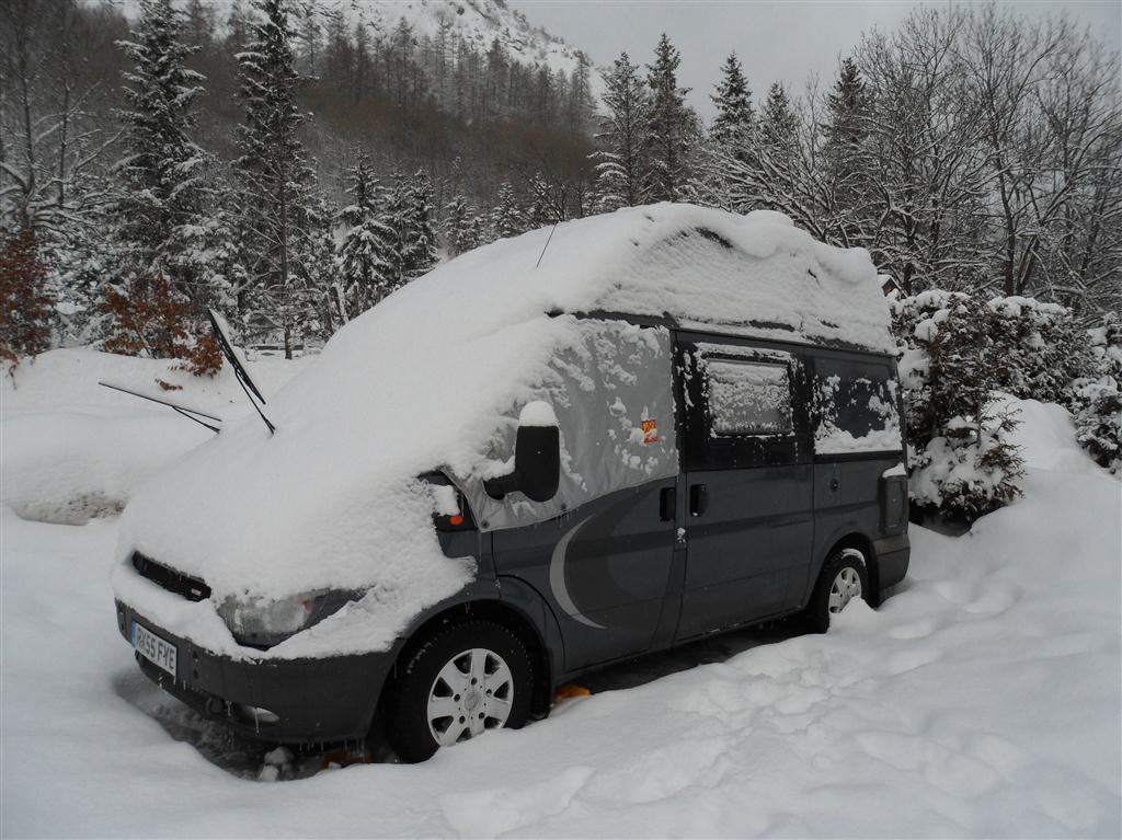 Camping in the snow at Valloire